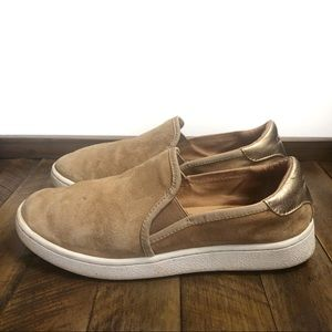 UGG Slip on Suede Tan Sneakers Size 6